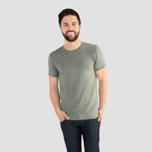 3/ $18 NWT Fruit of the Loom Select T-Shirt